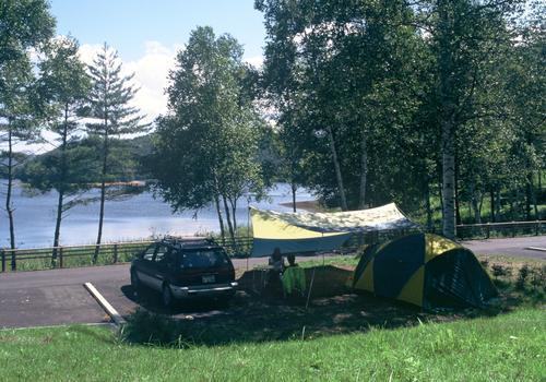 岩洞湖家族旅行村キャンプ場