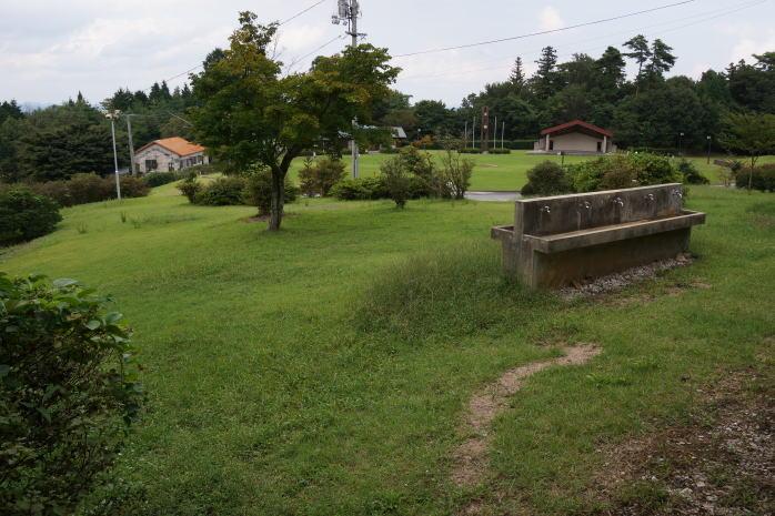 弥高山(やたかやま)公園キャンプ場